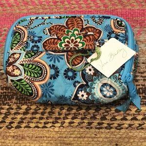 Vera Bradley jewelry/makeup bag